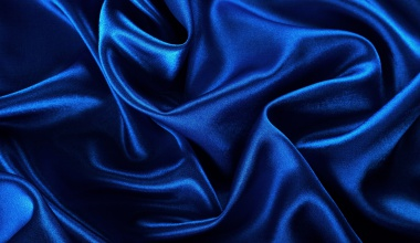 Tkanina velvet w modnym niebieskim kolorze