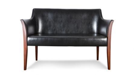 BARI to niezwykle elegancka sofa, która przypadnie do gustu nawet bardzo wymagającym osobom. BARI jest wyjątkowa