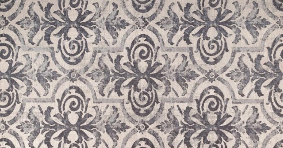 DYWAN ITALIA 08 w odsłonie col. NAVY jest miękki jak jedwab i prezentuje nieco orientalną stylistykę, która wprowadzi do wnętrza wyjątkowy klimat.
