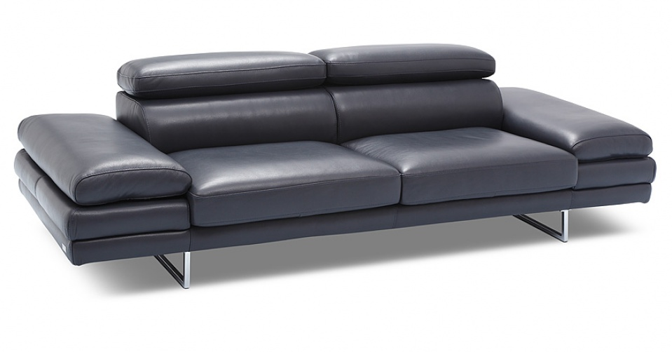 Szerokie siedziska zapewniają komfort siedzenia.