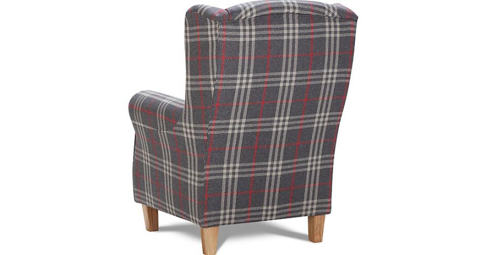 Tył fotela wygląda również reprezentacyjnie.