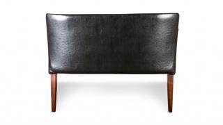 Bari sofa 2 doskonale prezentuje się również z tyłu.
